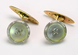Button Cuff Links in Gold