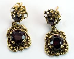 Victorian Garnet & Gold Filigree Earrings