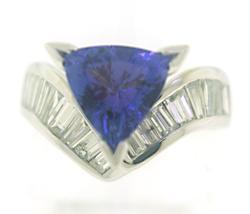 Glowing Trill Tanzanite & Baguette Diamond Ring