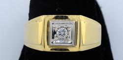 Mens' Diamond Ring in 14KT Yellow Gold