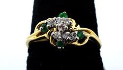 Ladies Diamond & Emerald Ring in 14KT
