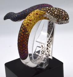 750KT White Gold Snake Bangle