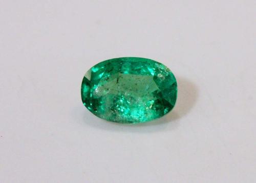 Bright Natural Emerald - 0.82 ct.