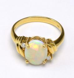 Amazing Opal & Diamond Ring, 18KT