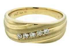 Gents apx .30ctw Diamond Yellow Gold Ring
