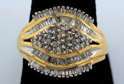 Shimmering Diamond Cluster Eye Motif Ring