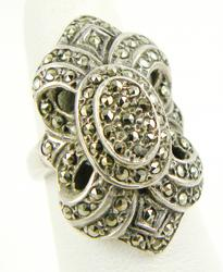 Beautiful Sterling Marcasite Fleur-de-Lis Ring, 5