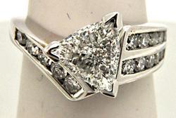 14K WHITE GOLD 1.85 CARAT DIAMOND ENGAGEMENT RING.