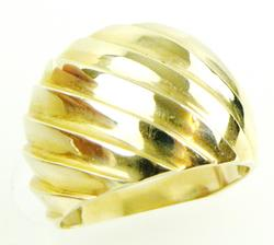 Vintage 14K Ribbed Dome Ring, Size 7