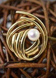 Modern Pearl 14K Swirl Brooch