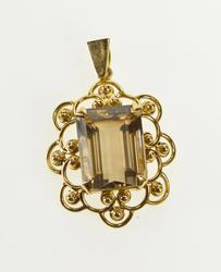 14K Yellow Gold Emerald Cut Smoky Quartz Ornate Scalloped Trim Pendant