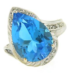 Fabulous  Blue Topaz and Diamond Ring in 18kt