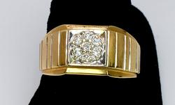 Stylish Mens Diamond Cluster Ring in Gold