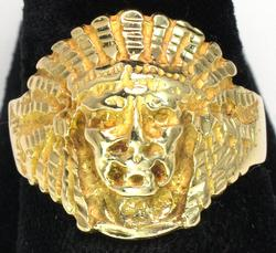Interesting American Indian Ring in Gold