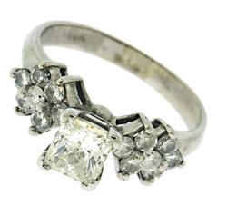 Exciting Princess Cut Center Diamond Wedding Ring