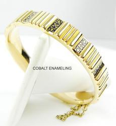 Gorgeous Heavy 18K Gold Enameled Bangle Bracelet