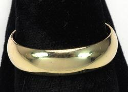 Mens 14KT Yellow Gold Band, Size 12 3/4