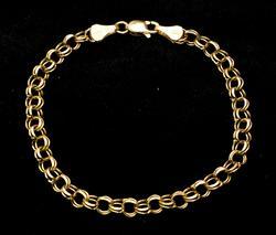 Cute Round-Link Bracelet in Gold