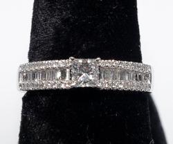 Sparkling 0.76CTW Diamond Ring in Platinum