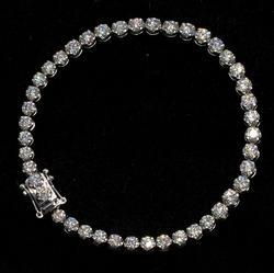 Glittering 18KT 5.18CTW Diamond Bracelet