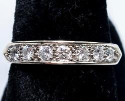 Sparkling 0.50CTW Diamond Band in 14KT Gold