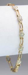 Sweet Heart Diamond Cluster Bracelet in Gold