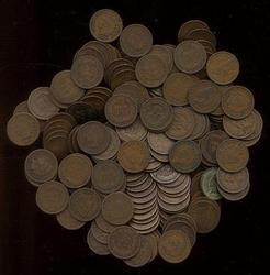 Bag of 125 mixed date Indian Head Cents 1800's, 1900's
