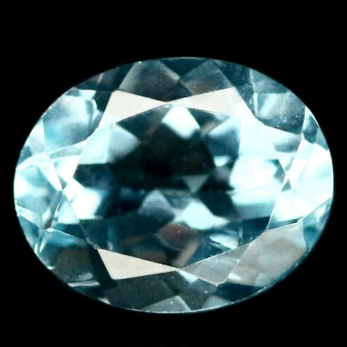 8x10mm 3.25ct Topaz with dazzling flashing
