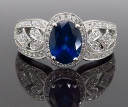 Sapphire & Diamond Ring crafted in 18K White Gold