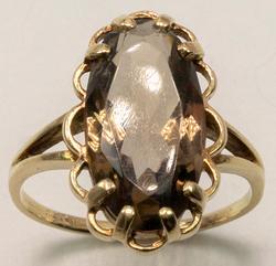 Vintage Smokey Quartz Ring in Yellow Gold