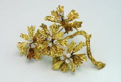 Magnificent 14KT Diamond Flower Pin