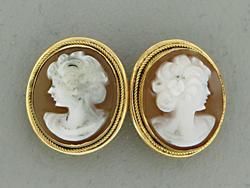18kt Cameo Stud Earrings