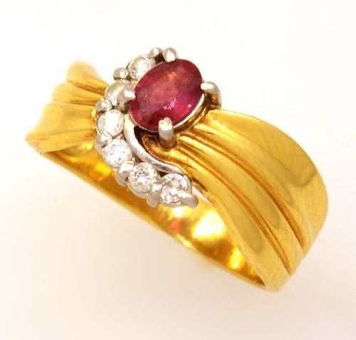 Ruby & Diamond Ring in 18K Gold, Size 4.25