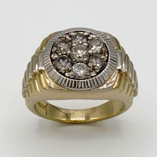 Gents 14KT Yellow Gold Cluster Style Diamond Ring