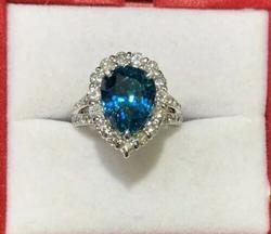 Beautiful Blue Zircon & Diamond Ring, 14kt Gold