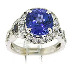Absolutely Beautiful Tanzanite and Diamond Ring