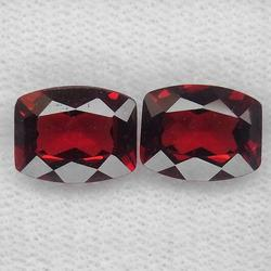 Outstanding 5.82ct matched pair of Garnets