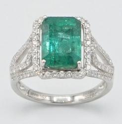 14KT White Gold Emerald & Diamond Cocktail Ring