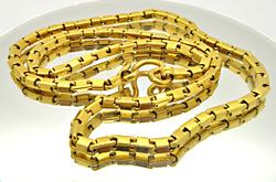 24 KT GOLD SQUARE LINK CHAIN.