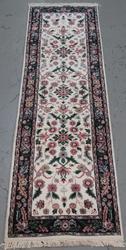 Handmade Indo Kashan Design Runner 2.7x9.9