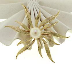 Vintage Matte Finish Flower Pearl Pin