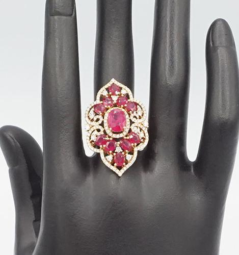 STUNNING RUBY AND DIAMOND ROSE GOLD RING