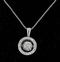 Amazing Diamond Pendant Necklace