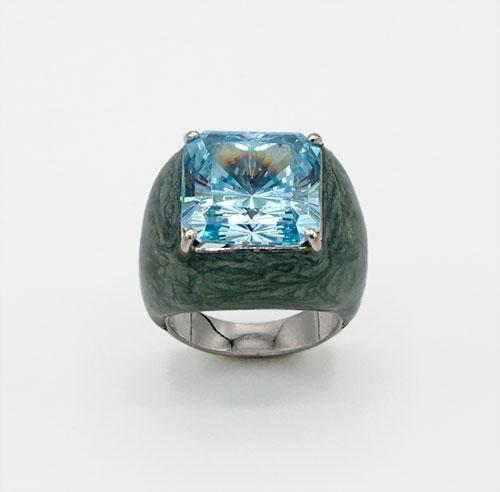 18kt Gold Gemstone Cocktail Ring