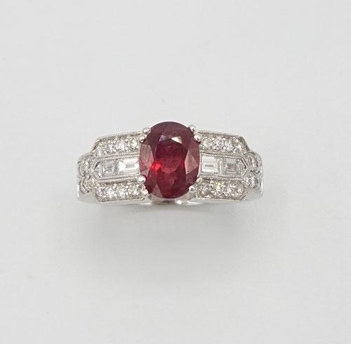 Lovely Ruby and Diamond 18kt White Gold Ring