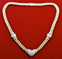 Stunning High-End 18K and Diamond Necklace, 2 Carats