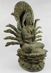 Antique Bronze Statue Chinese GODDESS of Mercy Guan Yin