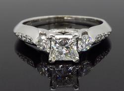 IGI Certified .94CTW Diamond Ring