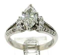 Gorgeous 1.14ctw Marquise Diamond Ring