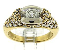 18kt Oval Cut Diamond Ring